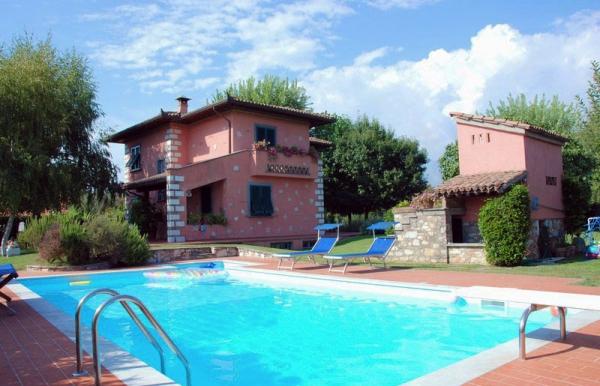 Enoria viaggi tour operator groups and individual for Ville vacanze italia